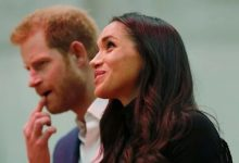 Photo of Harry is looking for a job and dreams of returning home, and Meghan is preparing a new performance