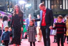 Photo of The Duke and Duchess of Cambridge took their children to a special pantomime at the London Palladium